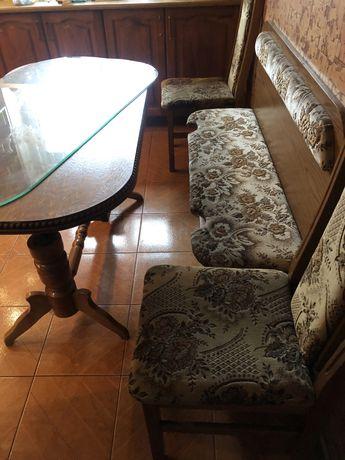Stół 4xkrzesło plus siedlisko ze schowkiem