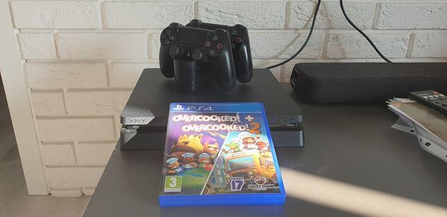 PS4 Slim 500gb 2 Pady + ładowarka