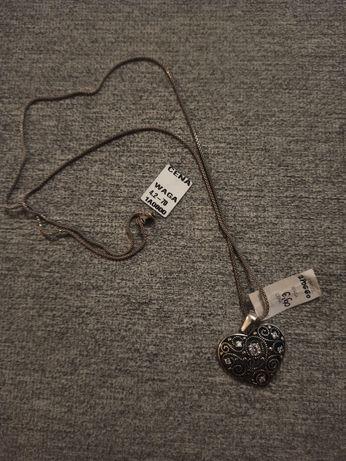 Piękny srebrny 925 lańcuszek z wisiorkiem serce serduszko naszyjnik