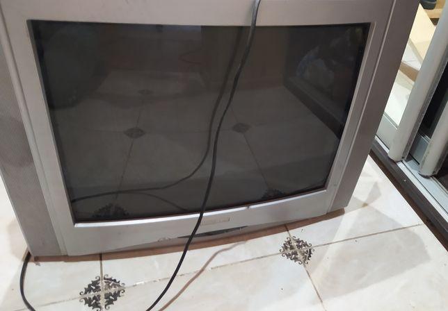 Телевизор beko, работает отлично 800 рублей!