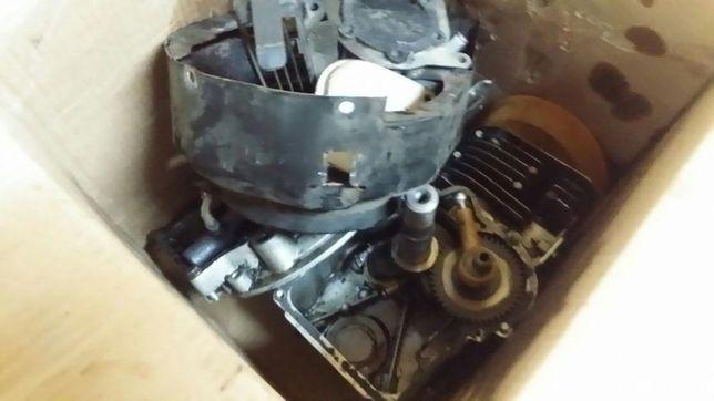Silnik Tecumseh vantage 35 wszystkie części - uszkodzony