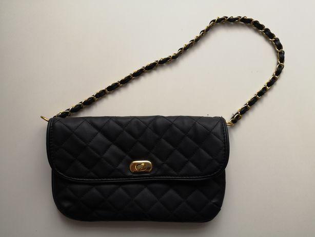 Czarna torebka  z C&A