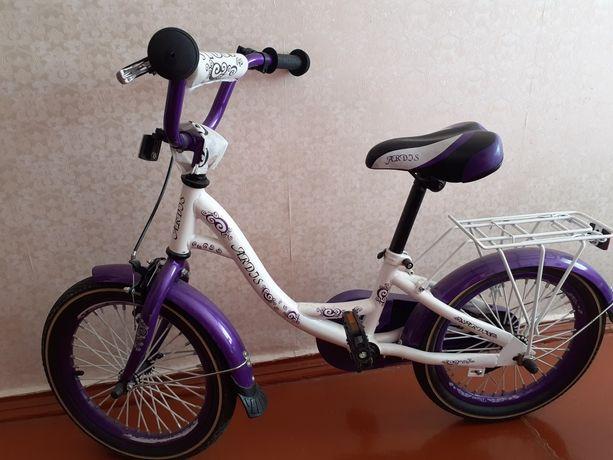 Продам детский велосипед для девочки 5-8 лет