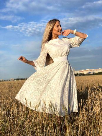 Белое коктейльное нарядное платье с рукавом 3/4. Нарядне біле плаття