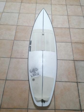 Prancha de Surf JS monsta box 5'7