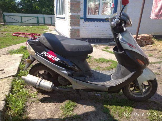 Продам скутер 4т 139qmb