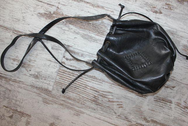 Сумка бочонок мешок черная