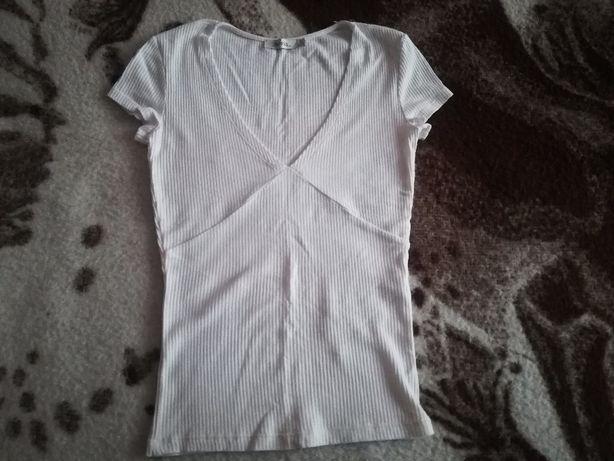 Bluzka biała z firmy Bershka