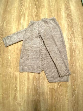 Вязаный стильный свитер