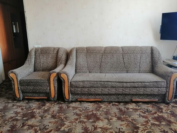 Продам кресло-кровать и диван (раскладной). Всё вместе за 2200 грн.