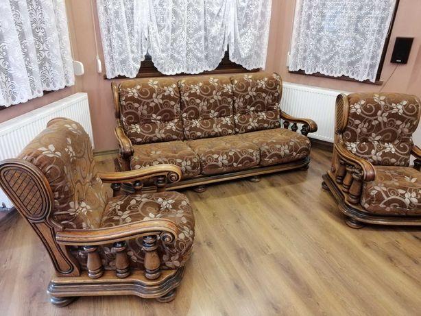 Komplet wypoczynkowy dębowy (kanapa i 2 fotele)