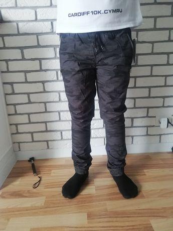 Брюки штани камуфляжні джогери 164р