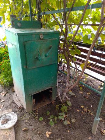 Продам котел ,газова апаратура вся присутня,можна і на дровах.