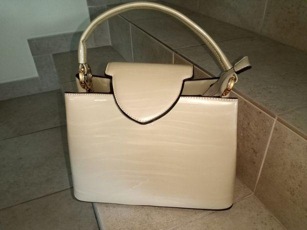 Bolsa senhora elegante