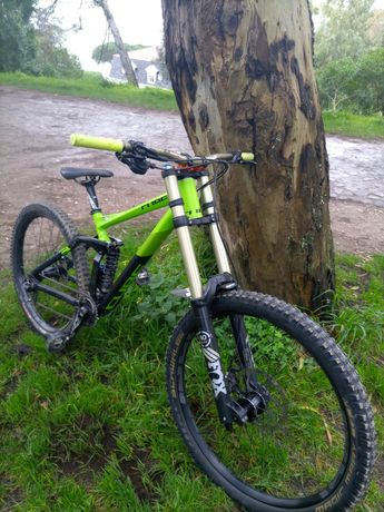 Bicicleta Downhill CUBE TWO15 27.5