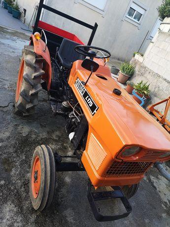 Trator Kubota L175