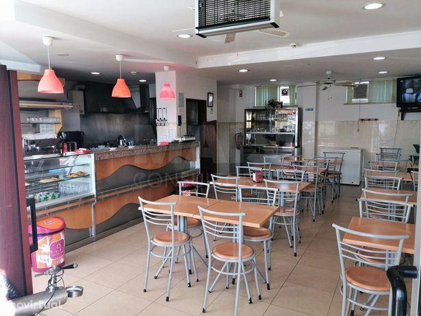 Café e restaurante em Bucelas