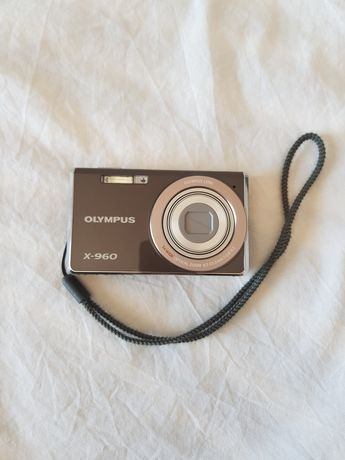 Câmera OLYMPUS X-960