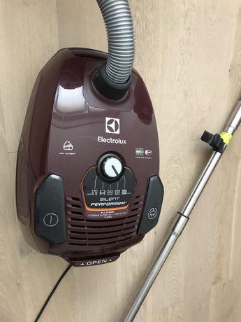 Odkurzacz Electrolux SilentPerformer ESP75BD