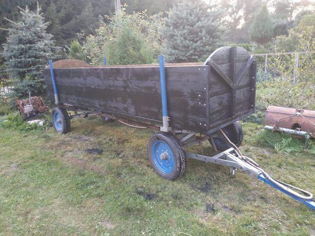 Wóz metalowy z drewnianą paka