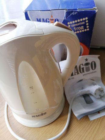 Электрический чайник, 1,7 л, новый