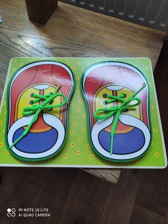 Drewniane buty do nauki wiązania