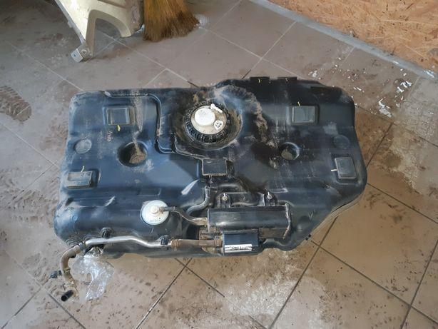 Киа Cerato 2008. 1.6 бензин.задняя балка,проставки,бак,глушитель,резон