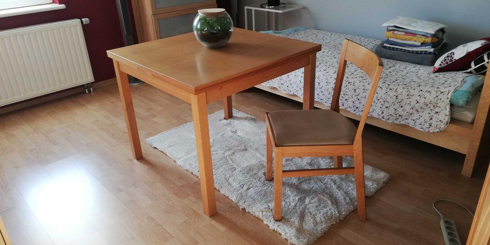 Witam sprzedam stół z krzesłami  4 sztuki Pszczyna - image 1