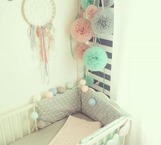 Pompony pompon tiulowe plus wstażka do pokoju dziecięcego dekoracja