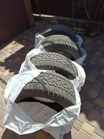 Комплект зимней резины 225/55R17 Dunlop sp winter sport 3d runflat