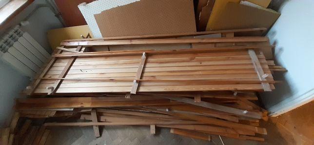 Drewno na opał z boazerii