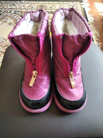 Зимняя обувь, сапоги для девочки.