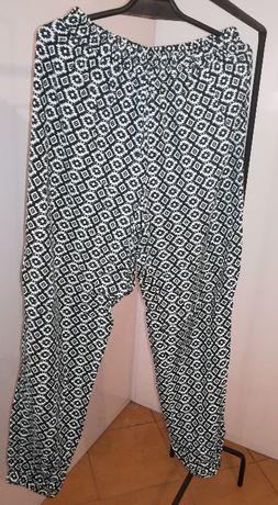 Spodnie wzorzyste typu alladynki