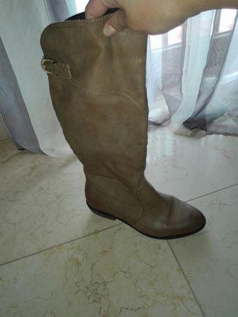 Vendo botas novas cor camel