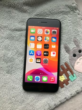 iPhone 7 32Gb Black Matte Neverlock, в отличном состоянии