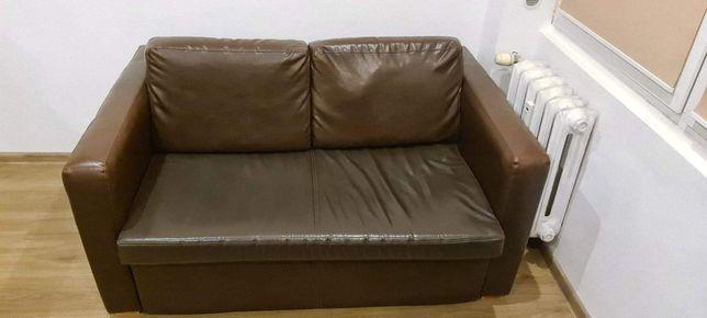 Sprzedam skórkową sofę 2 osobową-rozkładaną