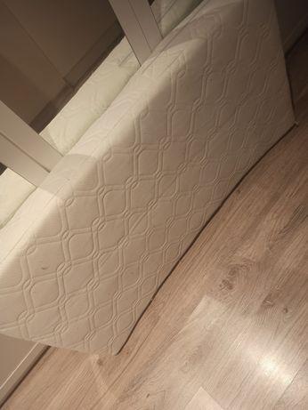 Materac z pościelą plus białe łóżeczko Gratis !