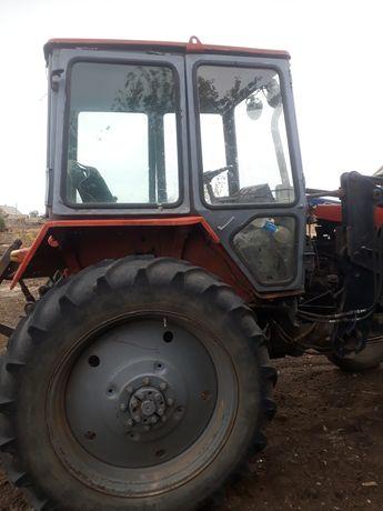 Трактор ЮМЗ в гарному стані