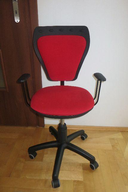 Młodzieżowe Krzesło obrotowe Ministyle czerwone kółka gumowe gratis