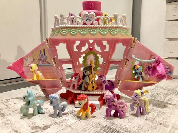 Zestaw Domek My Little Pony + kucyki
