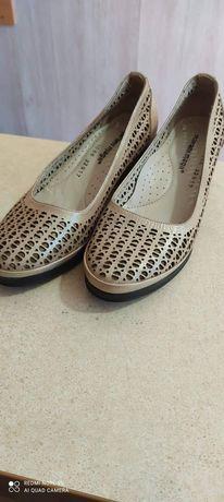 Обувь 40 размера