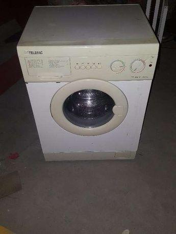 Maquina lavar roupa com avaria