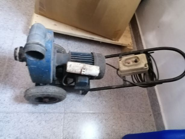 Motor Eléctrico de Tirar Água