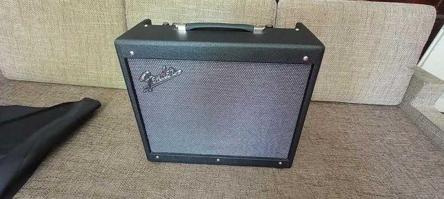 Комбопідсилювач для електрогітари Fender Mustang GTX50 (можливийобмін)