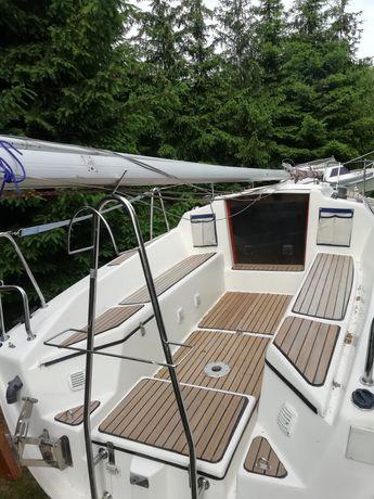 Czarter ,wynajem jachtu Focus 650, Mazury, jez. Bełdany, port Piaski.