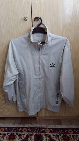 Продам женская куртка ветровка Umbro 52-54 рр.