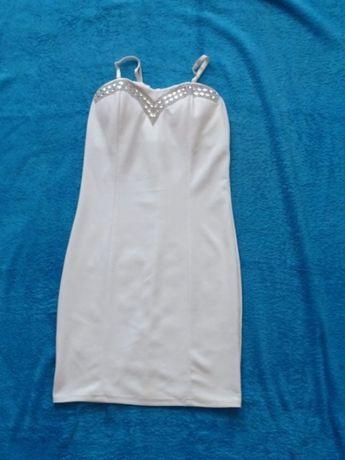 Biała sukienka rozmiar S