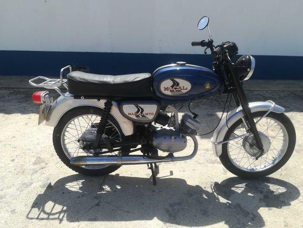Macal M70 com motor Casal
