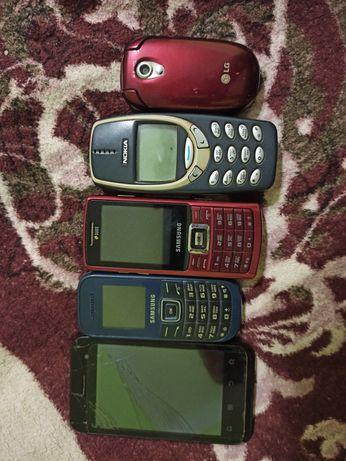 Мобильные телефоны 5 штук