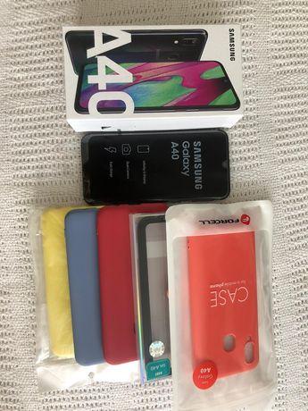 Samsung Galaxy A40 czarny 64 GB komplet plus 5x etui